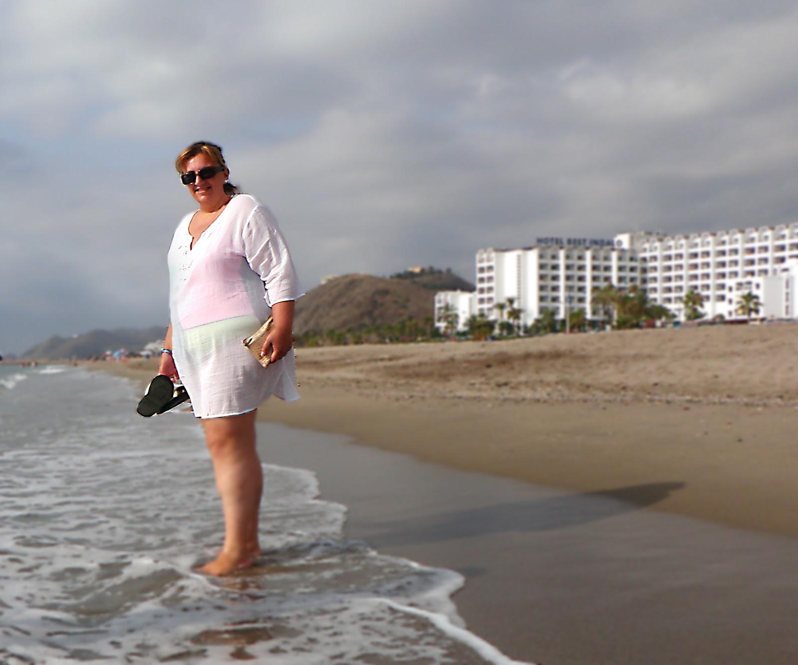 Gordas desnudas en la playa pics 76