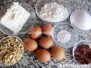 Ingredientele retetet de prajitura chinezoaica (negresa cu glazura si nuca)