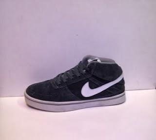 Sepatu Nike 6.0 Suede Import murah