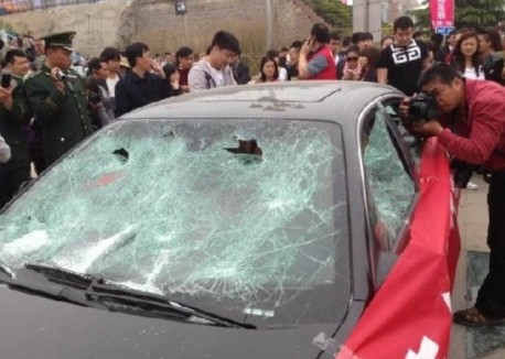 Frustrated Chinese Owner Smashes His Maserati with Sledgehammers
