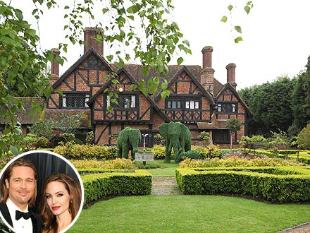 Angelina Jolie And Brad Pitts New Home on long island house design