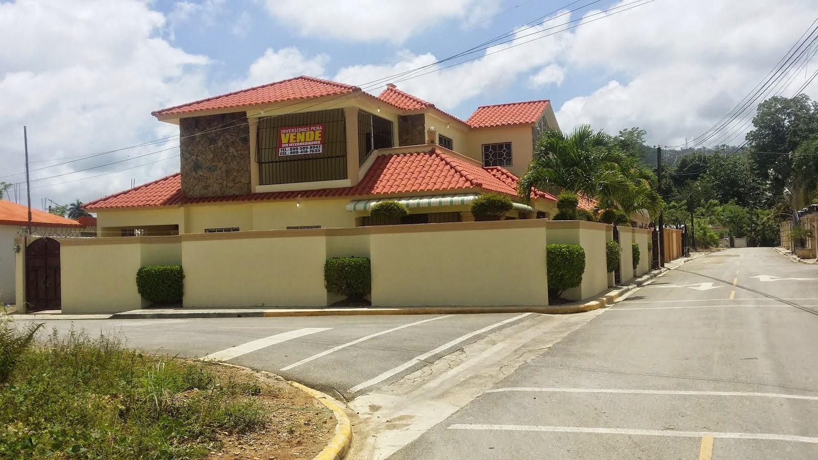 Exc. residencia, se vende en el municipio de El Factor, Nagua