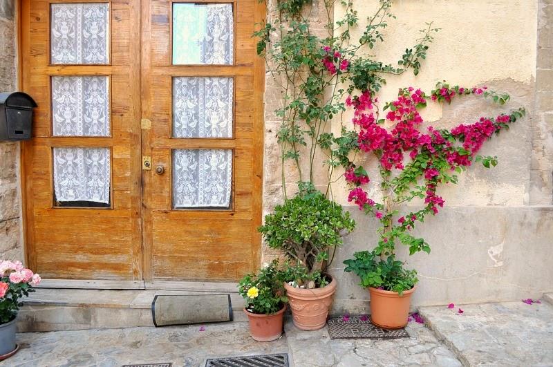 Doorway in the streets of Palma