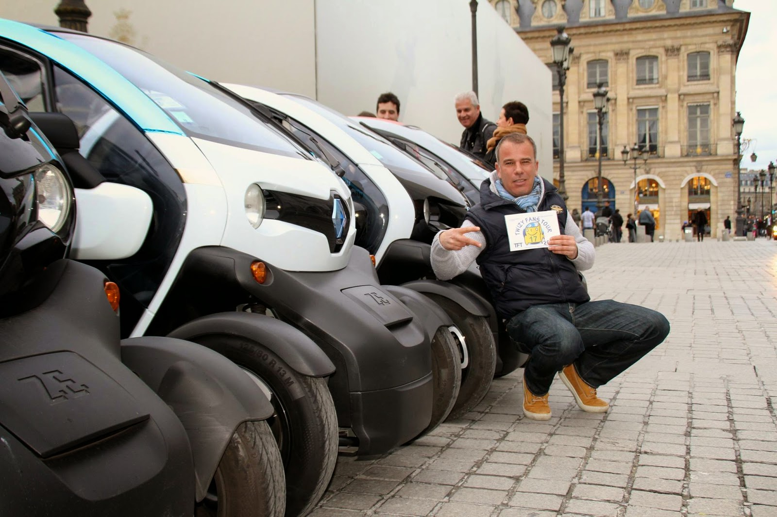 la vie en twizy tft 2015 1 re tape paris. Black Bedroom Furniture Sets. Home Design Ideas