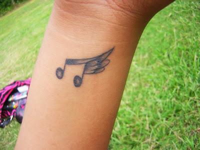 Dicas de Tatuagens Femininas de Música