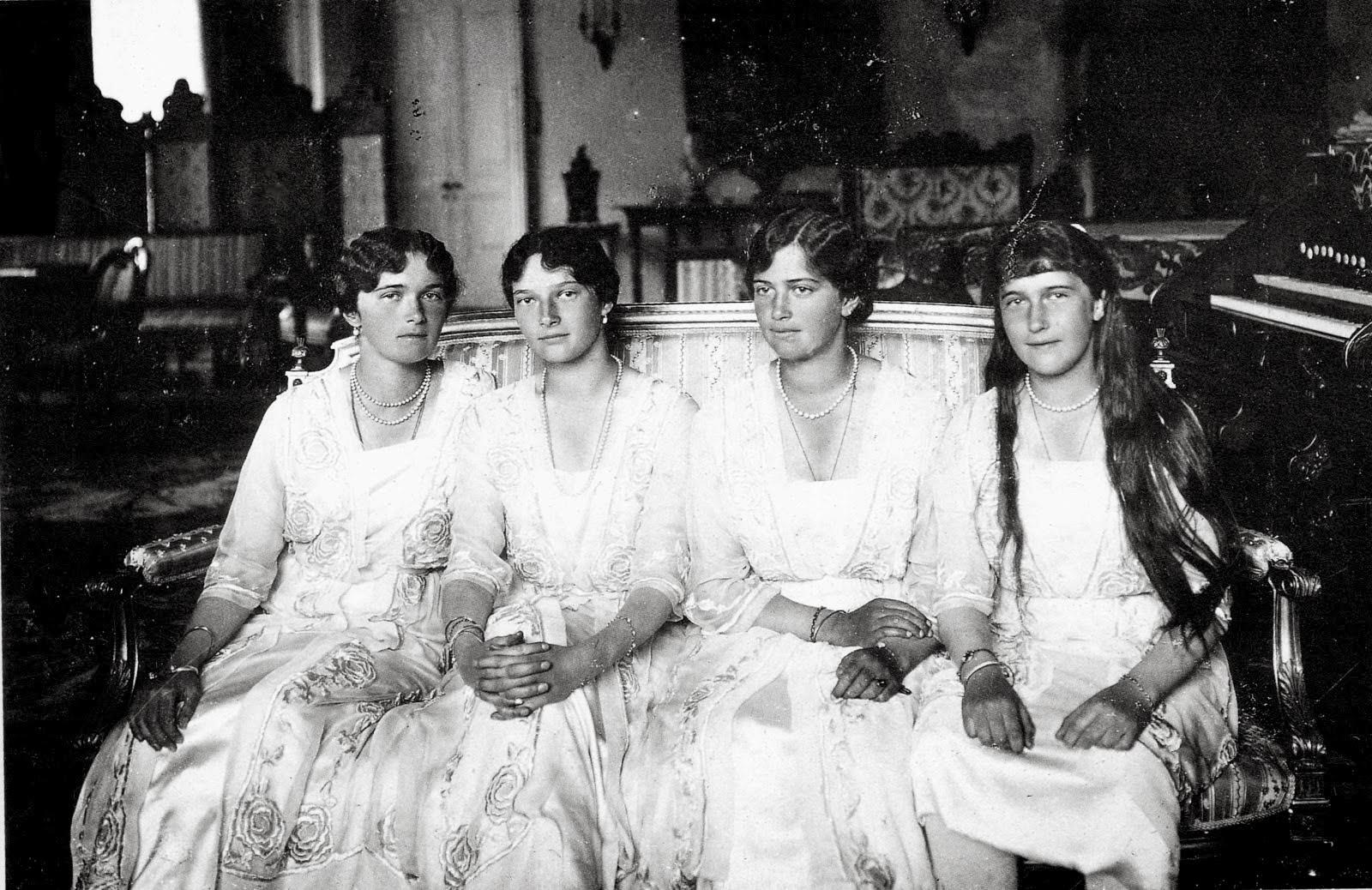 Распутин или оргии при царском дворе смотреть онлайн на русском языке 11 фотография