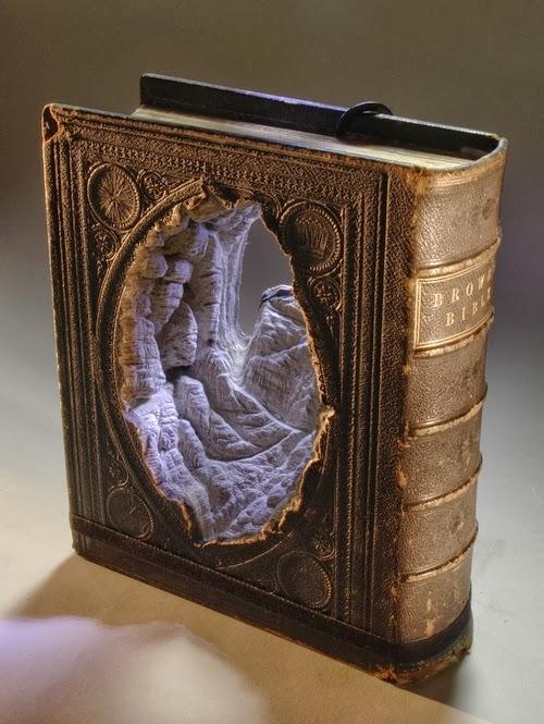 10-Guy-Laramee-Book-Sculptures-Encyclopedias-Dictionaries-www-designstack-co