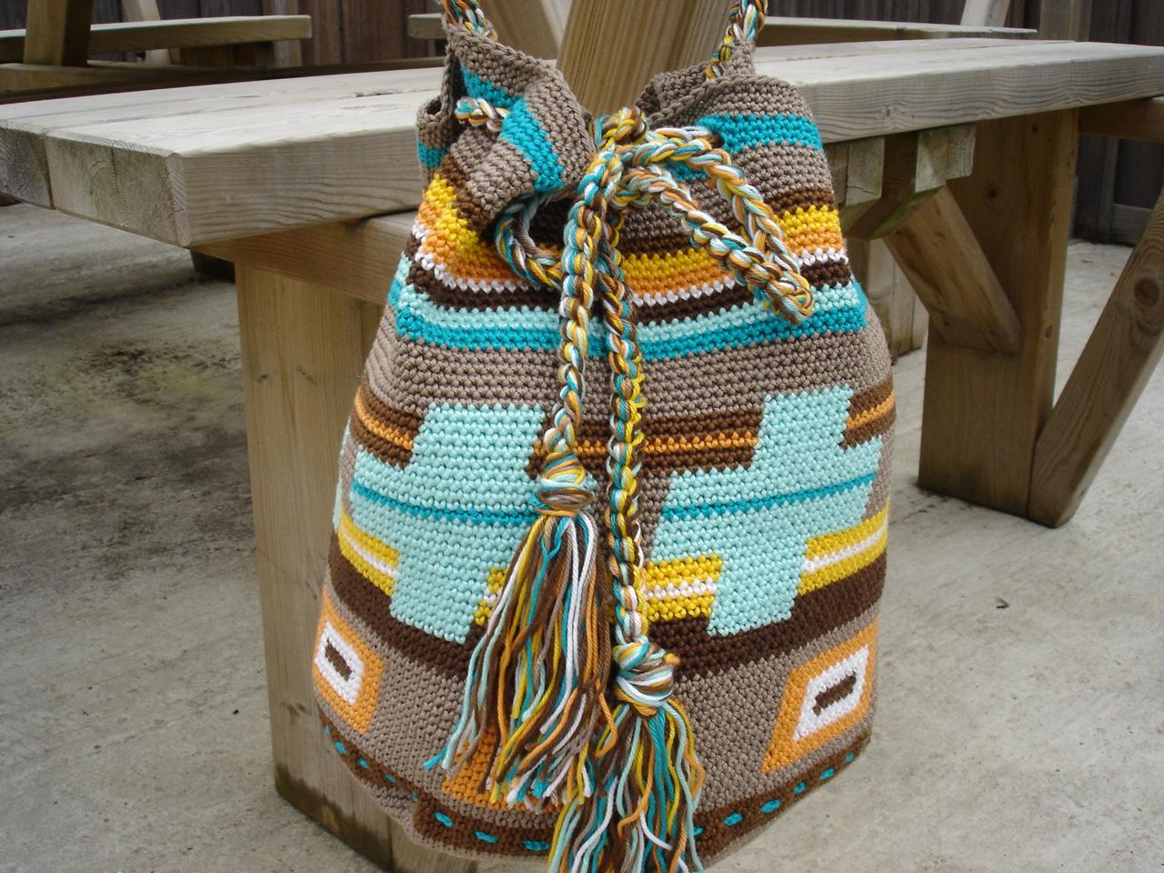 Tassen Patroon : Made by mg gratis haakpatroon van de tasssen
