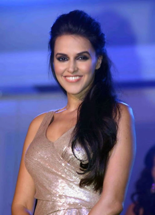 bollywood neha dhupia cute stills