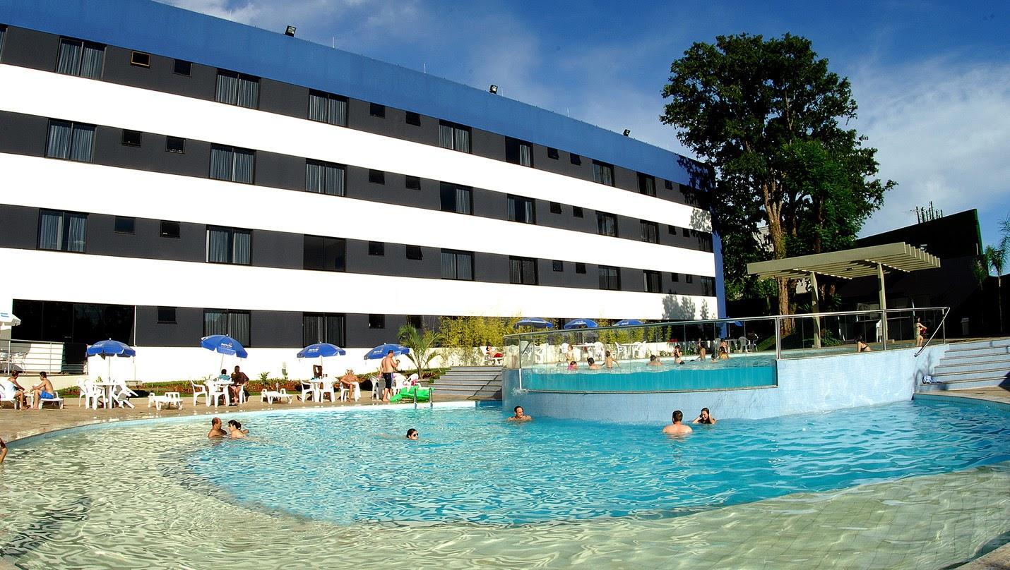 Marian guimaraes emblog f rias em foz do igua u for Cataratas para piscinas