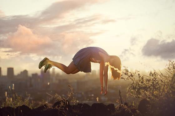 Autorretrato surrealista de Kylie Woon