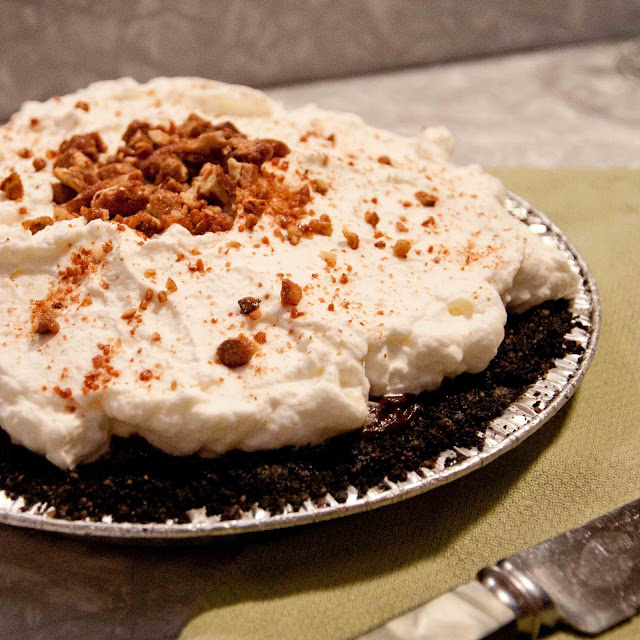 chocolate, mud pie, pie, whipped cream, pecans
