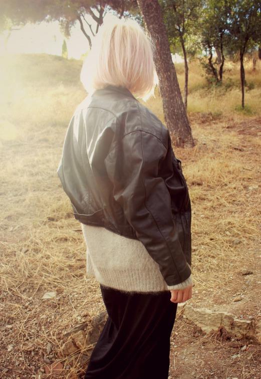 outfit chaqueta de cuero