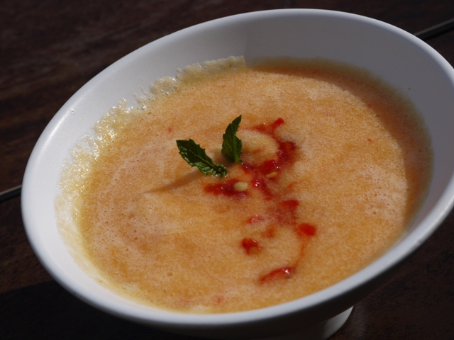 Clockwatching Tart: Spicy Chilled Cantaloupe Soup