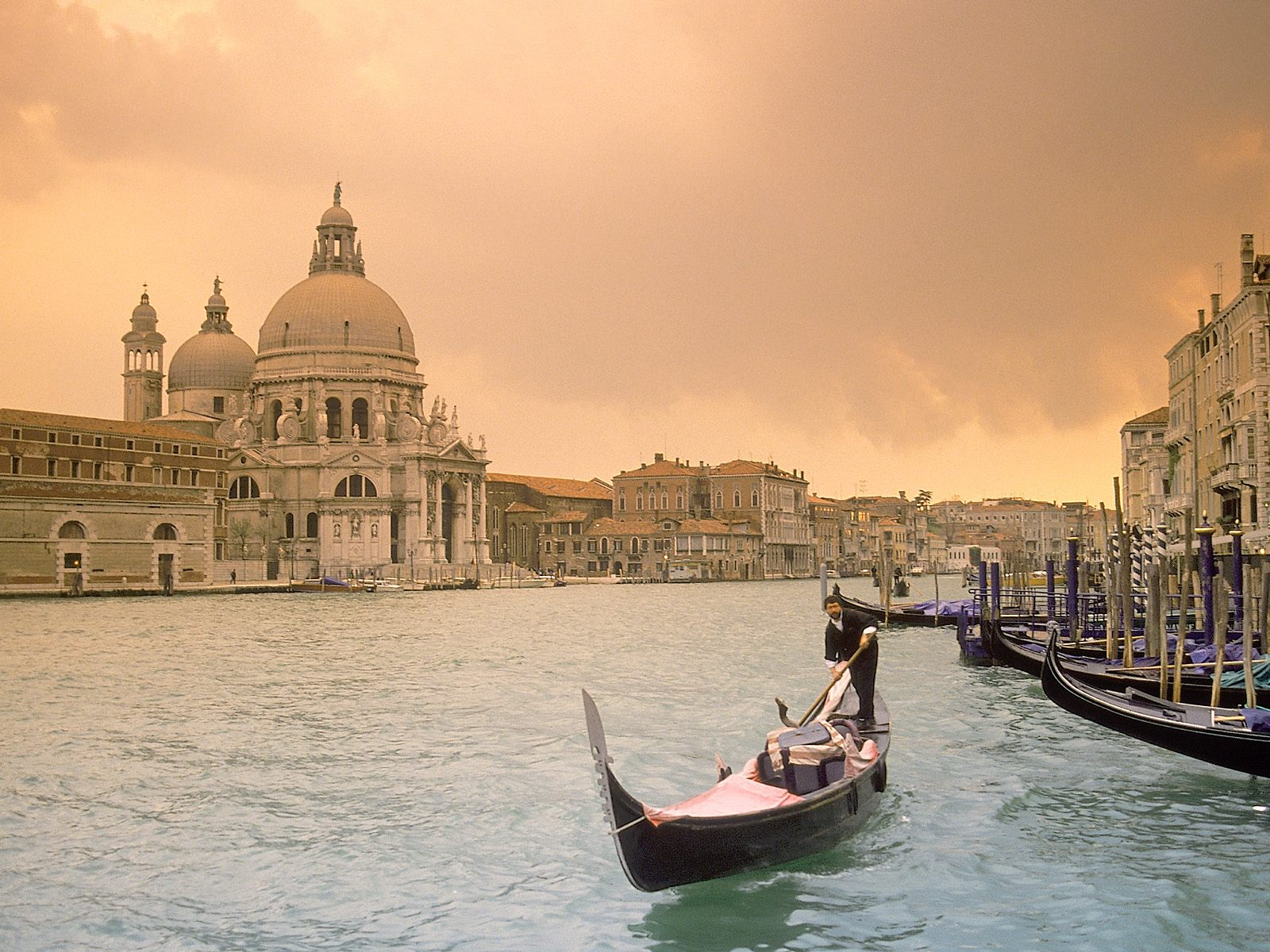 Venice The Historical Most Beautiful City Of Italy World