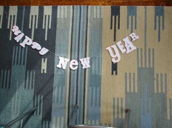 new years eve garland DIY