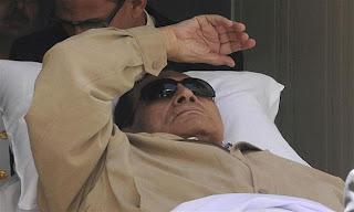 ياريس الحقيقة وراء هروب مبارك
