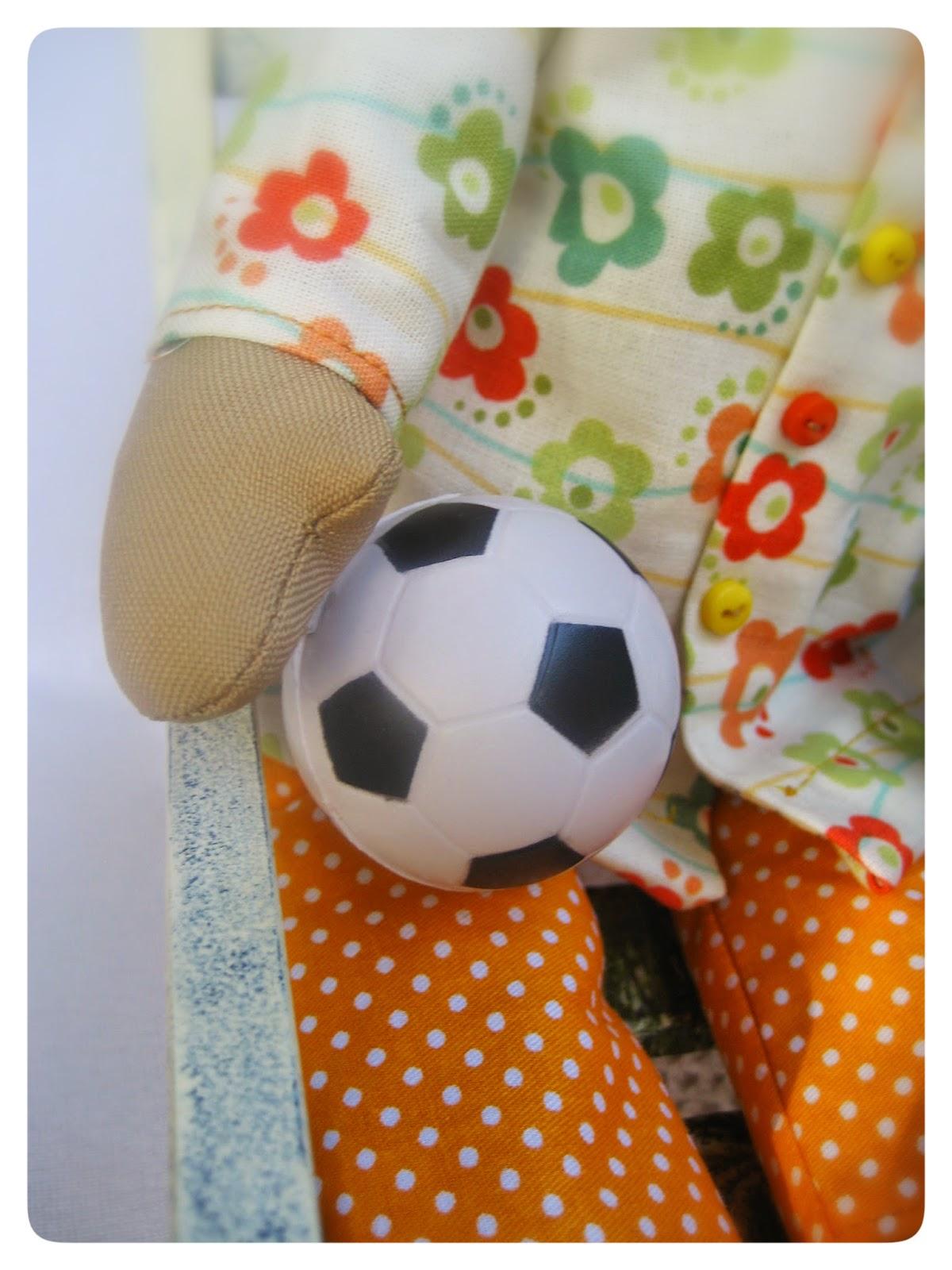 сплюшка с мячом
