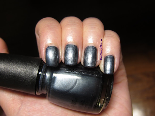 China Glaze Kiss My Glass