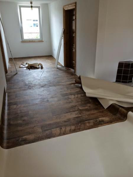 uns hus ein bericht ber die renovierung eines bauernhofes aus dem jahr 1800 pvc boden im flur. Black Bedroom Furniture Sets. Home Design Ideas