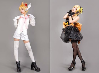 Ren cosplay as Rin and Len from Vocaloid Magnet