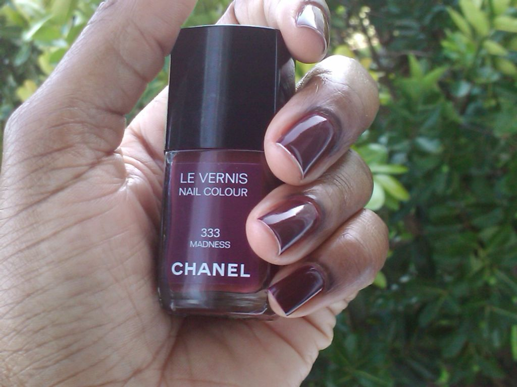 Mani of the week- Chanel Madness