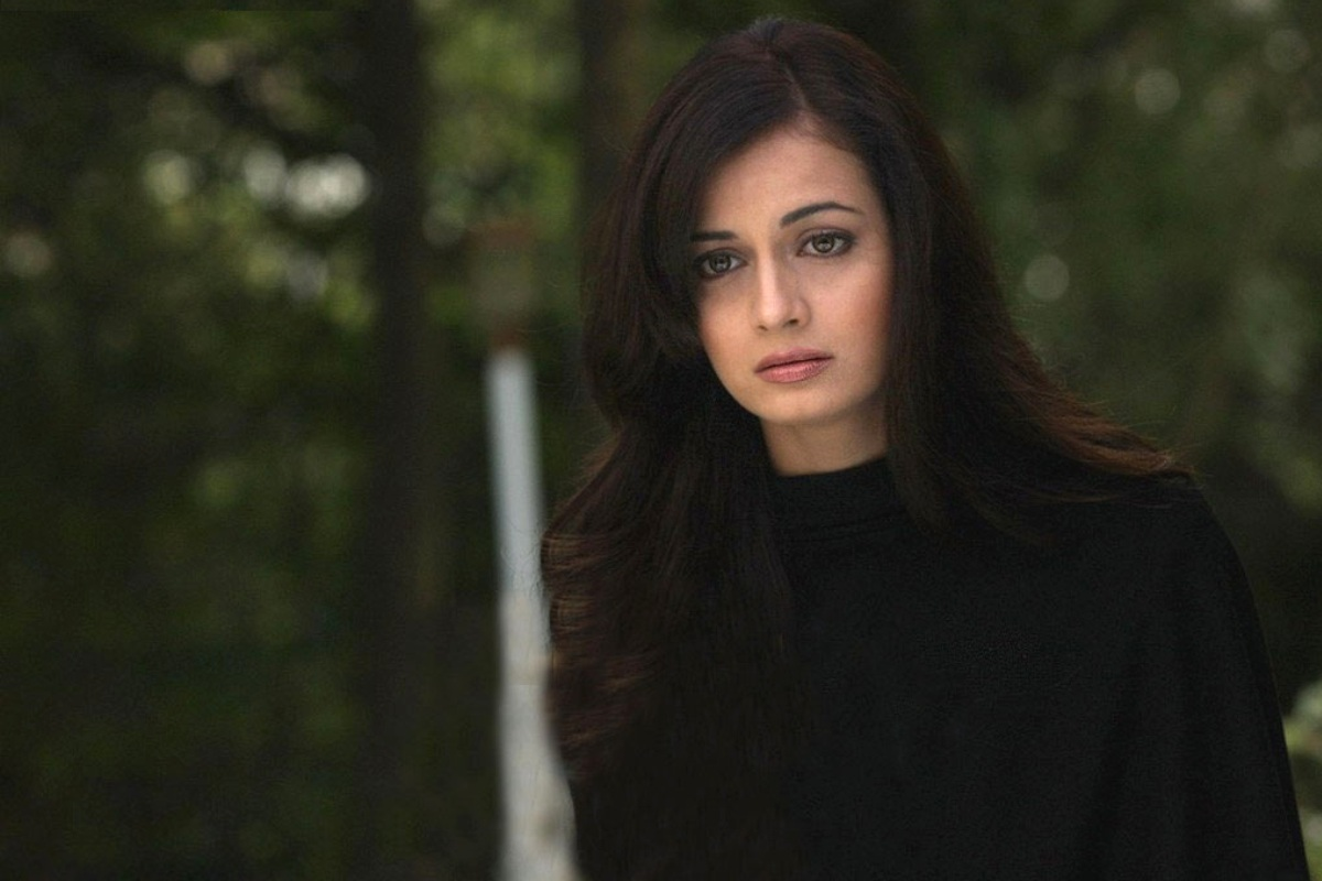 Dia Mirza Widescreen Wallpaper 3