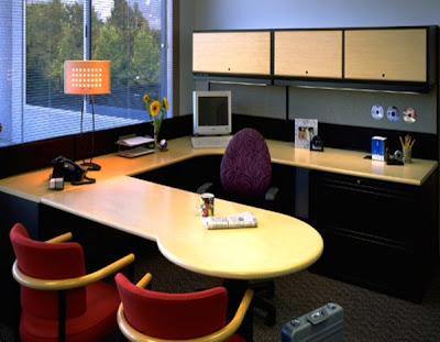 interior kantor modern-penuh warna
