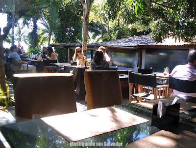 Erconalo Restaurante: Ambiente externo da unidade da Bahia Marina