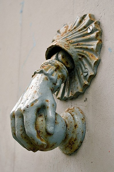 Dishfunctional designs knock knock who 39 s there awesome antique door knockers - Cool door knocker ...
