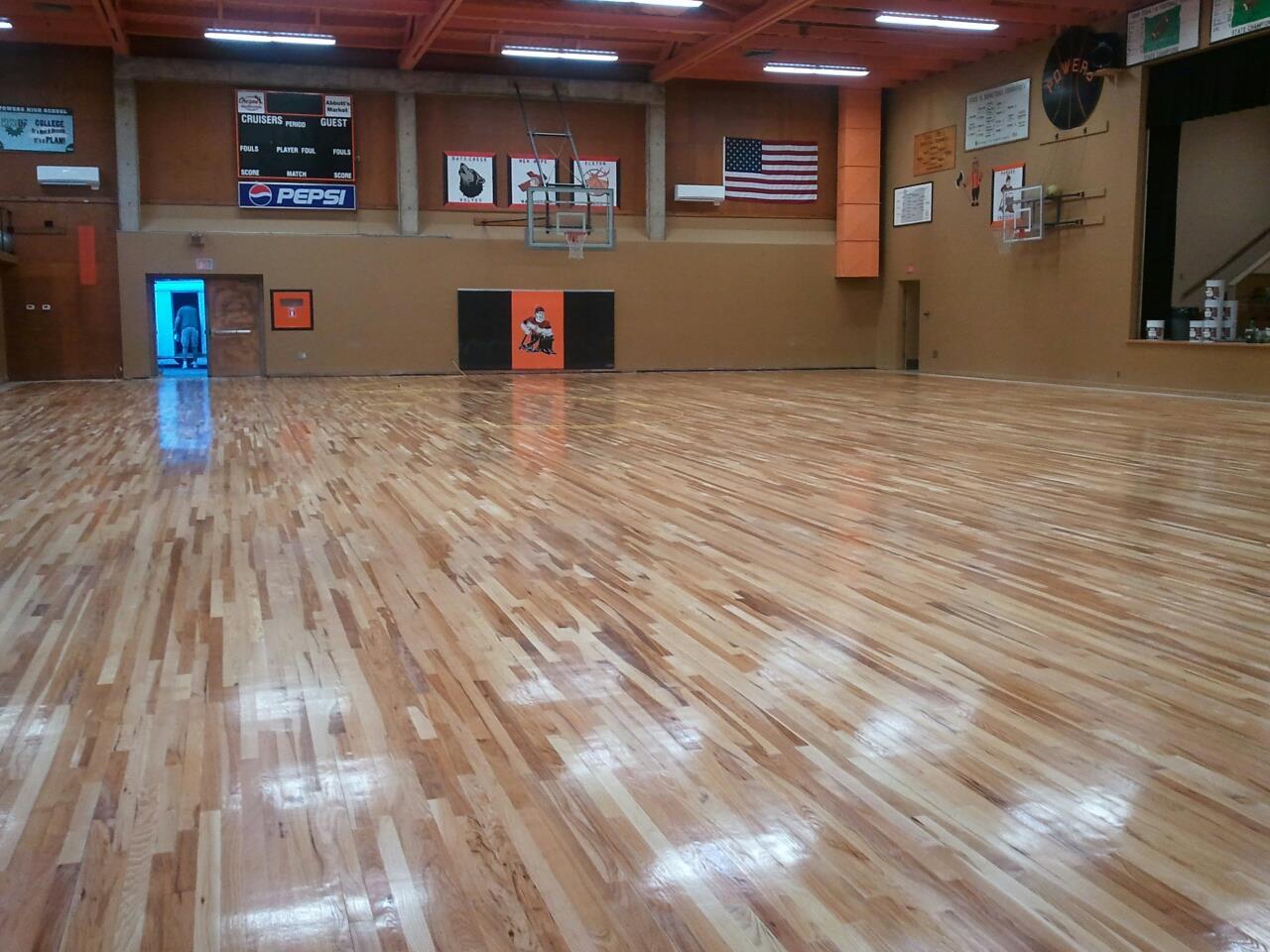Shiny new floor for cruiser arena oregon hoops history for Oregon floor