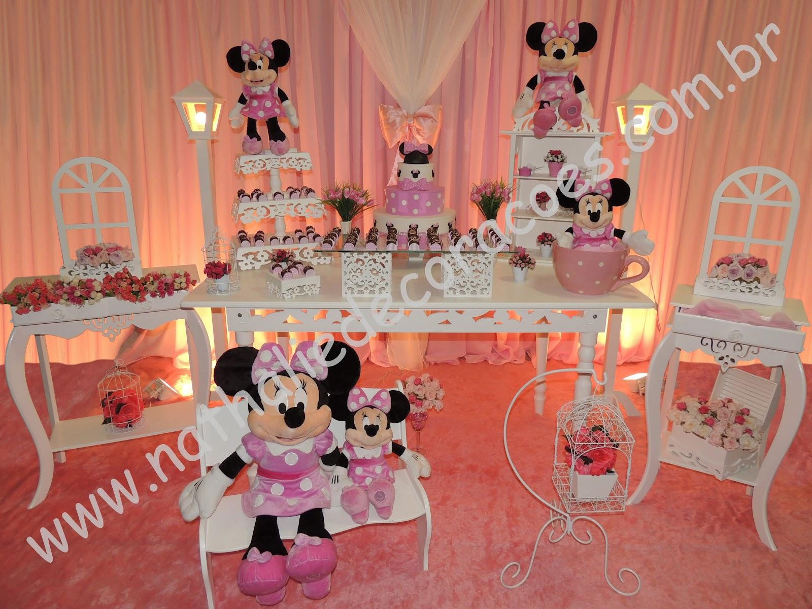 Charmosa Ratinha Da Walt Disney  Minnie Mouse  Est   Sendo O Maior