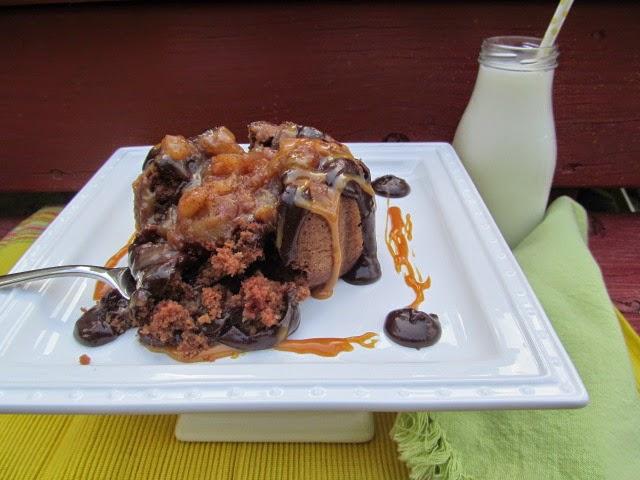 chocolate caramel apple bundt cake