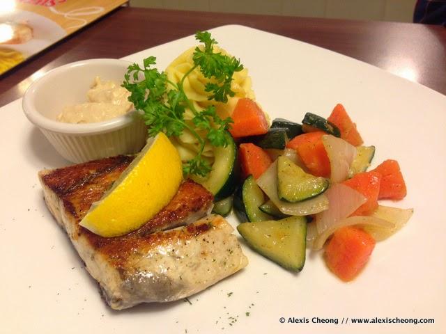 Alexis blogs restaurant review swensen s healthier for Barramundi fish taste