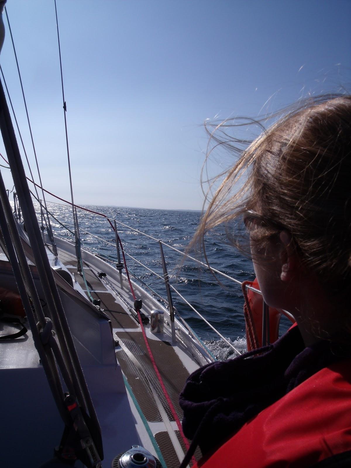 schip gestrand bij waddeneiland