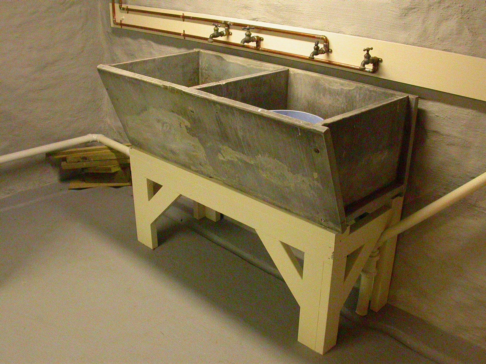 Soapstone Sink : Pheidias Renovates: Refurbishing a Soapstone Sink