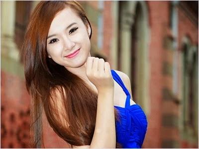 แอนเจลา เฟืองจีง (Angela Phuong Trinh)