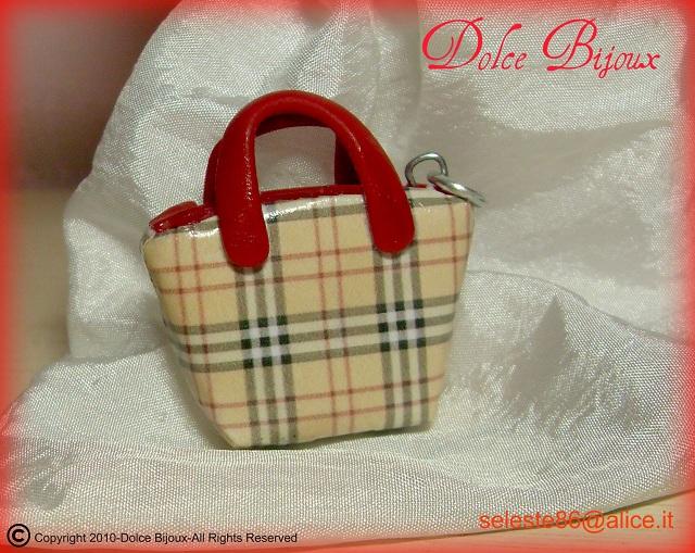 Borse Burberry Su Kijiji : Un dolce bijoux borse in miniatura burberry con manici