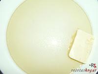 Calentando aceite y mantequilla