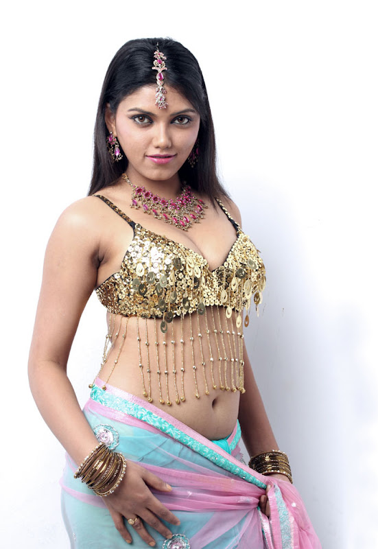 Milton hot boobs masala actress photos wallpapers