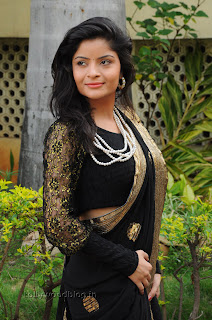 Gehana Vasista in black saree Pictures 011.jpg