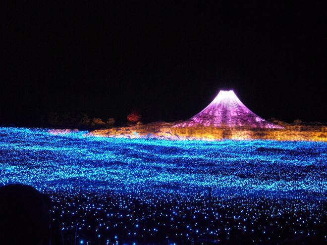 مهرجان الاضواء في اليابان.. روعة  503579-6-or-1357040070