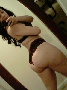 thick white girls porn pictures