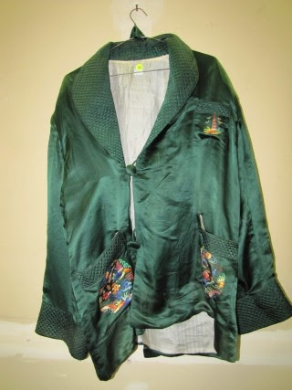 13909 Antiques: Vintage Green Chinese Silk Jacket with Belt