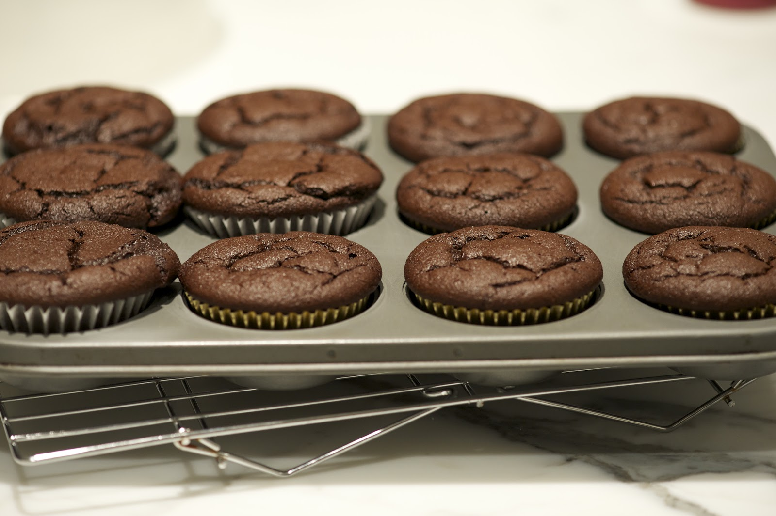 ... ON THE BRAIN: BEST EVER QUINOA CHOCOLATE CUPCAKES FOR VALENTINE'S DAY
