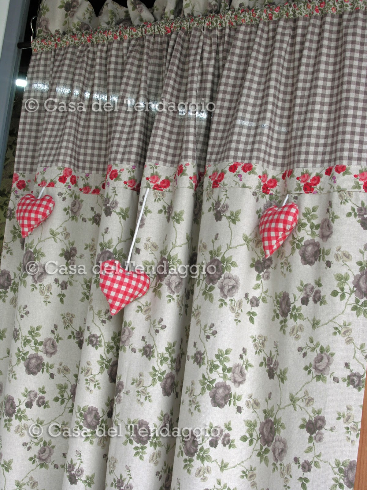 Tendenzialmente country vetrina country - Tessuti per tende da cucina ...