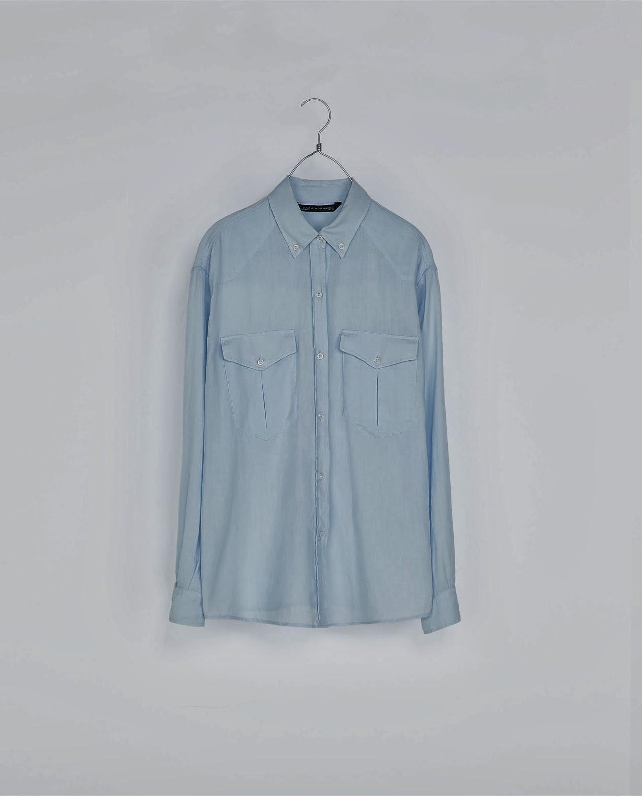 camisa celeste para combinar con jeans