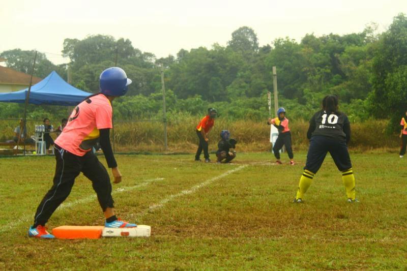 Kejohanan Sofbol KAT Sarawak 2014