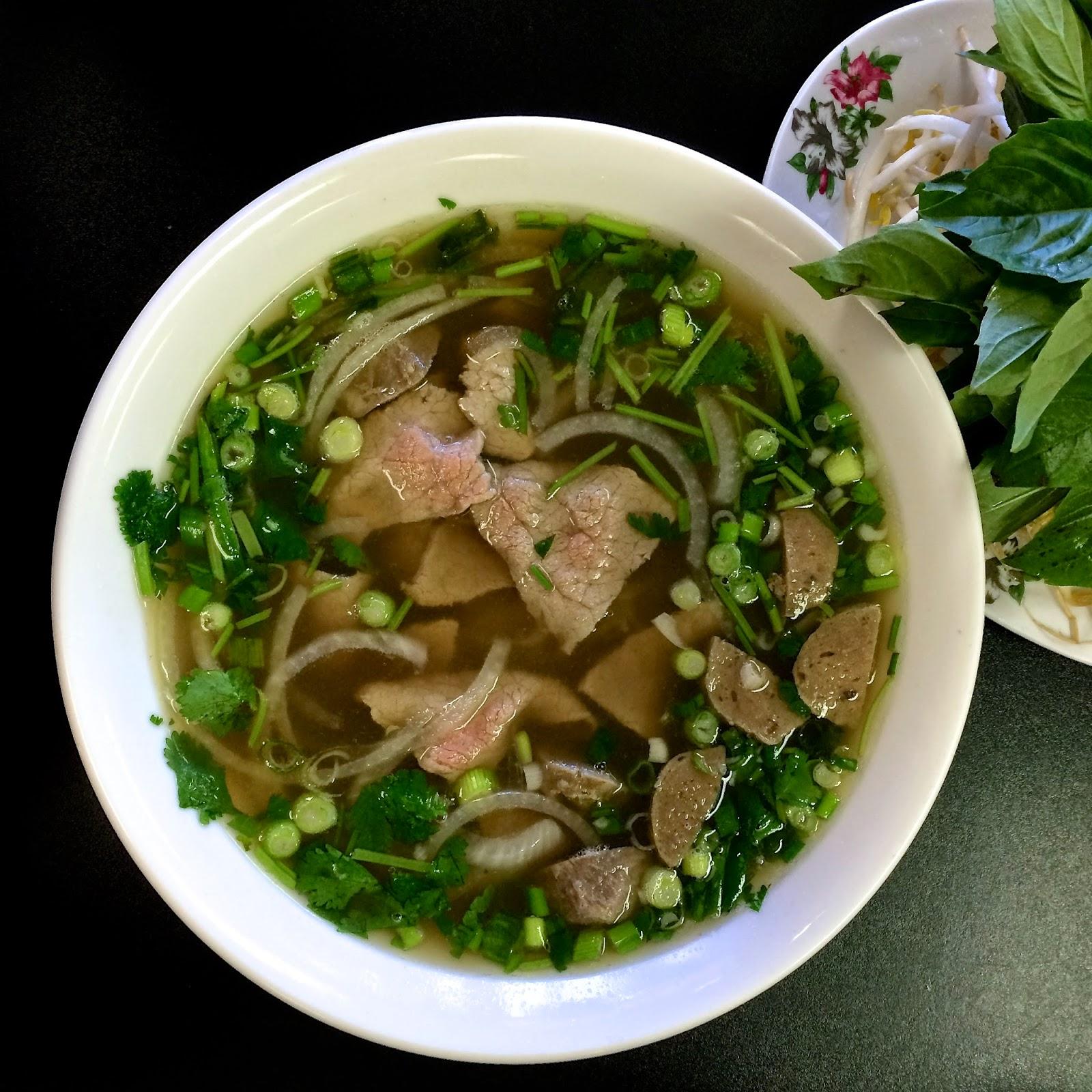 Sa Dec's Pho Tai Bo Vien: Rare Beef & Beef Ball Noodle Soup $8