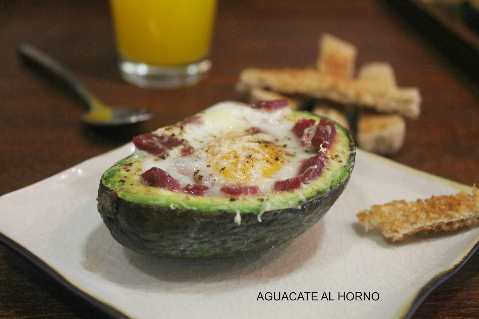 http://www.conunpardeguindillas.com/2014/02/aguacate-horno-huevo-jamon-queso.html